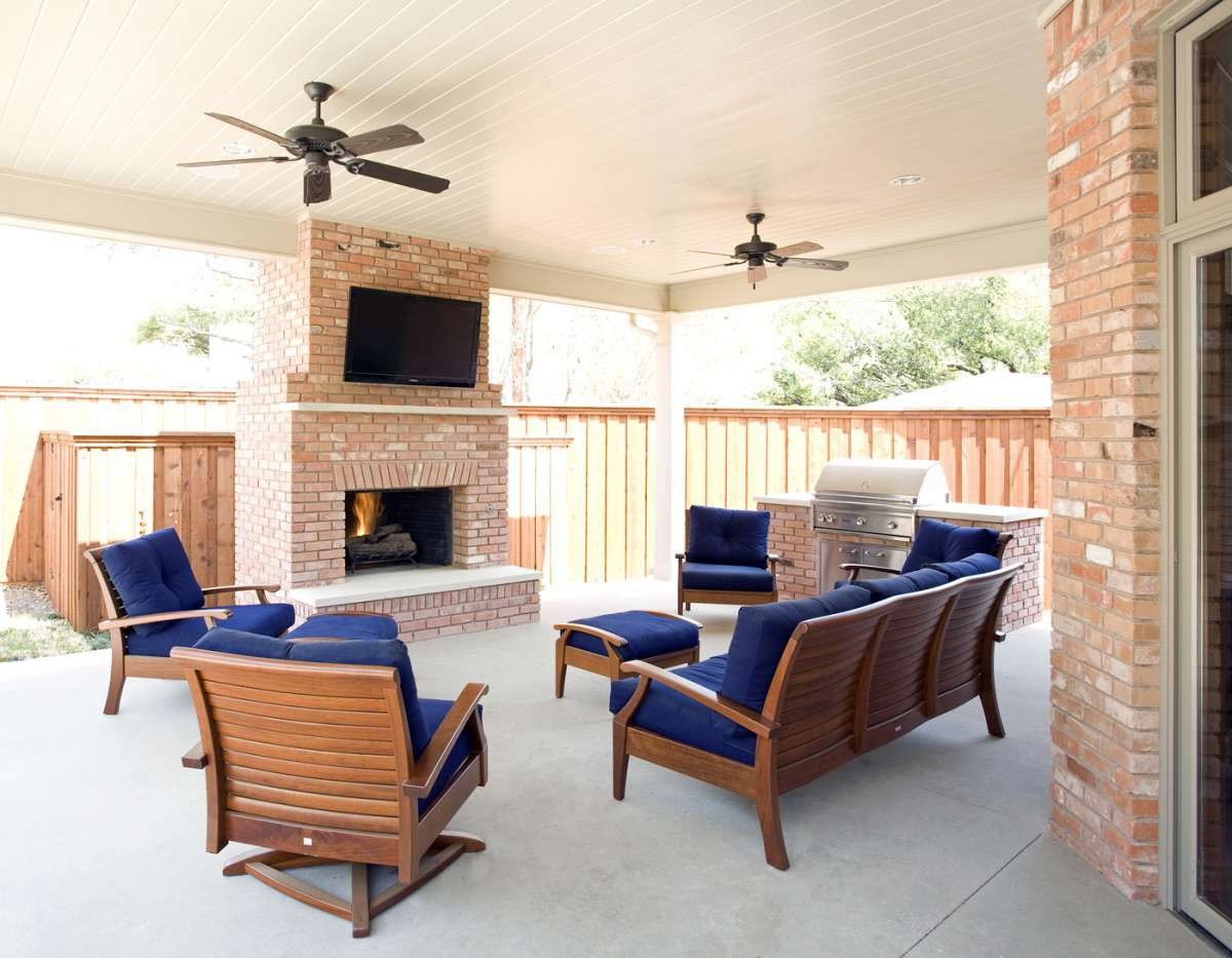 outdoor living in Northwood Hills