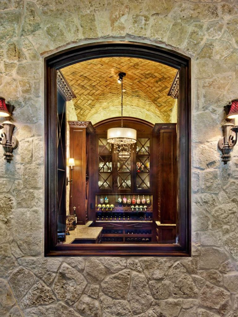 groin vault brick ceiling in Wine room