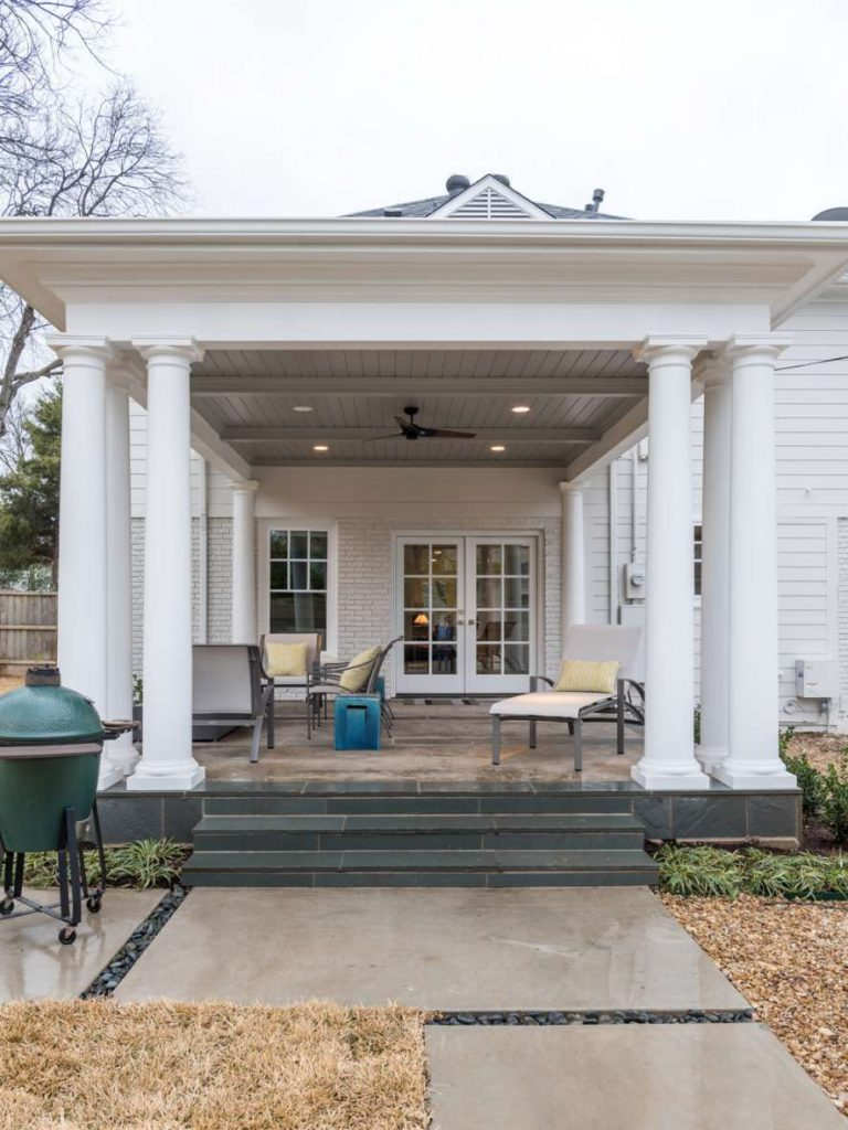traditional Dallas outdoor living with beadboard ceiling