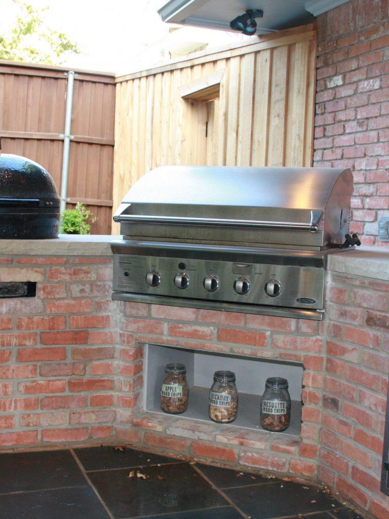 outdoor cooking center in northwood hills